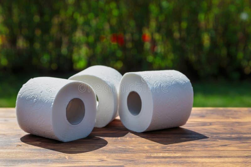 Três rolos do papel higiénico fotos de stock royalty free