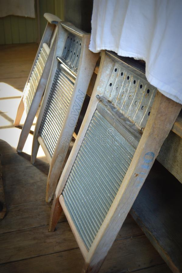 Três tábuas de lavar antigas fotos de stock