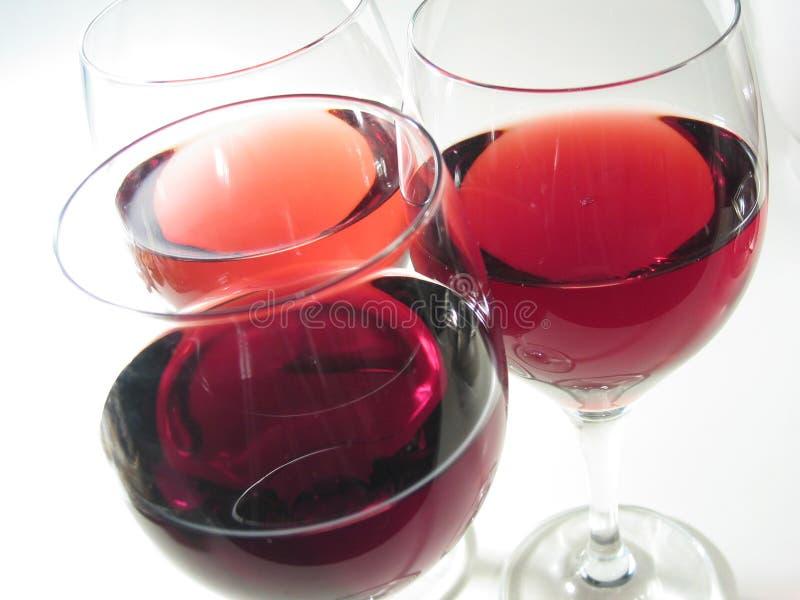 Download Três vidros de vinho imagem de stock. Imagem de bebidas - 535317