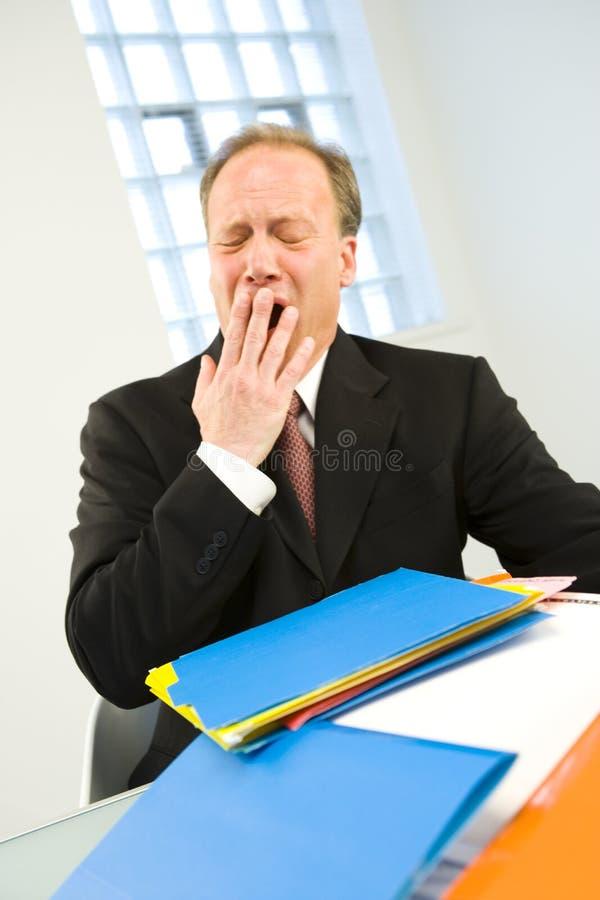 tröttad affärsman arkivfoto