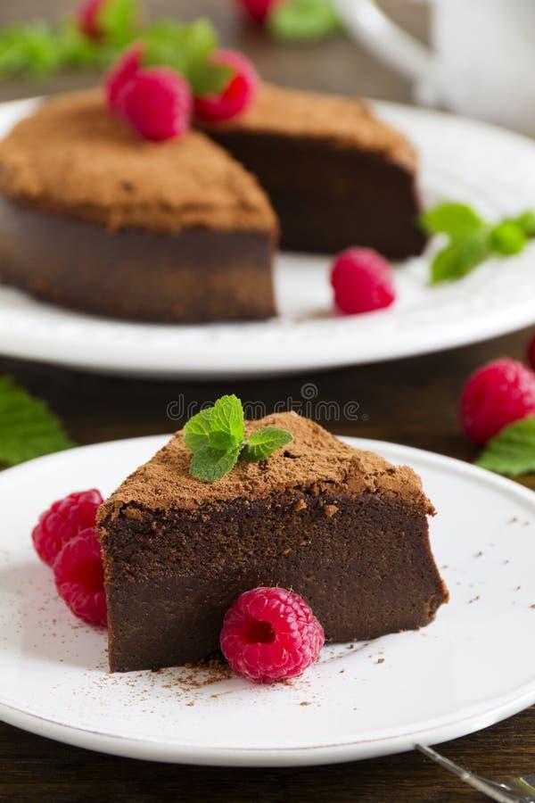 Trüffelschokoladenkuchen lizenzfreie stockfotografie