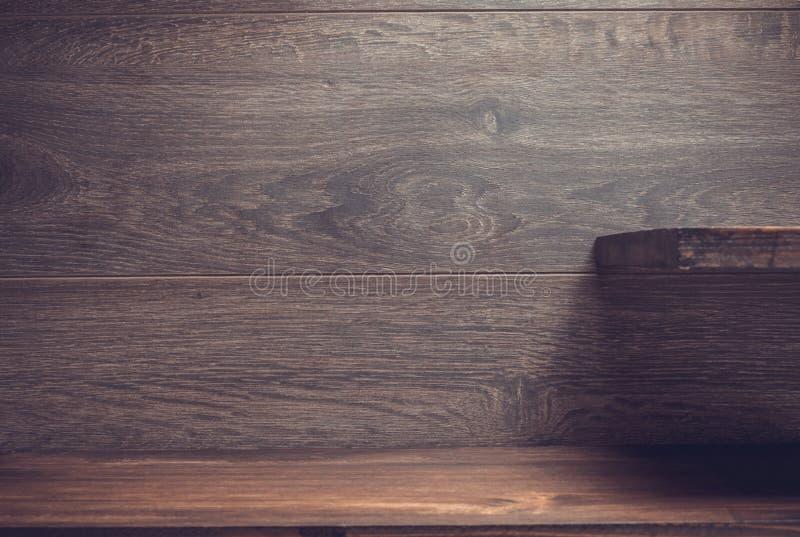 Tr?hylla p? brunt fotografering för bildbyråer