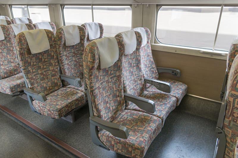 Tr zwyczajni siedzenia E4 serii pocisk Szybkościowy lub Shinkansen () zdjęcie stock