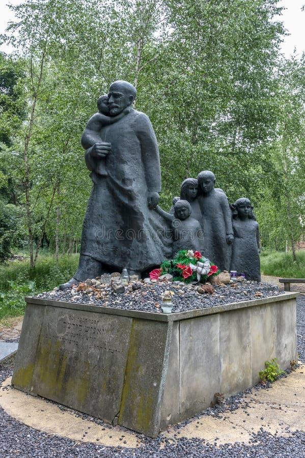 Traços de memorial judaico de Varsóvia - de Korczak imagem de stock