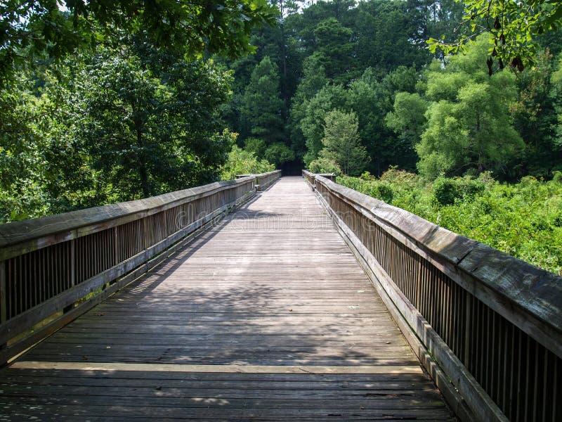 Traînée d'étang de moulin de Yates dans Raleigh, la Caroline du Nord photographie stock