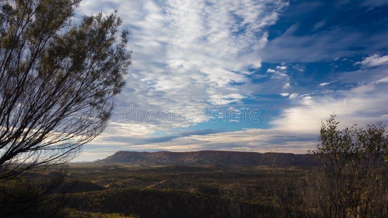 Traînée de Larapinta, Australie occidentale de MacDonnell photos stock