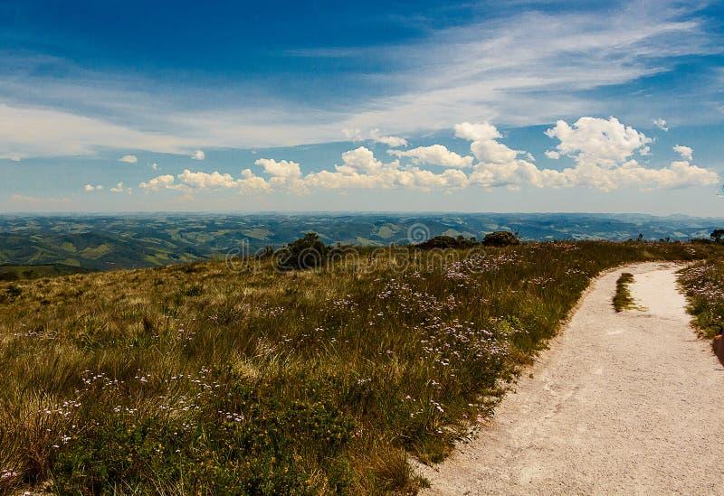 Traînée de montagne dans Ibitipoca image stock