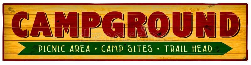 Traînée de pique-nique de terrain de camping de signe de camping augmentant le vintage photos libres de droits