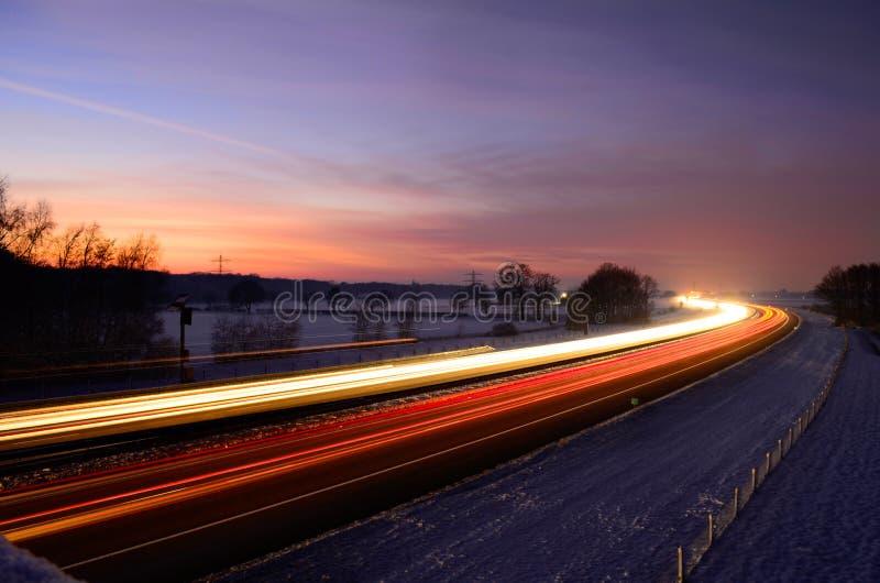 Traînées de lumière de coucher du soleil photo libre de droits