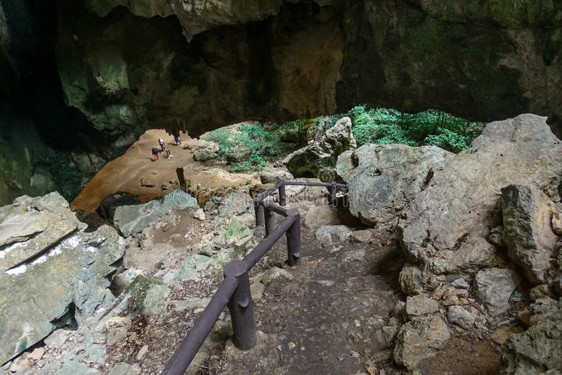 traînez à la manière de Leamsala à la caverne Hua Hin voisin, Tha de Phraya Nakorn images libres de droits