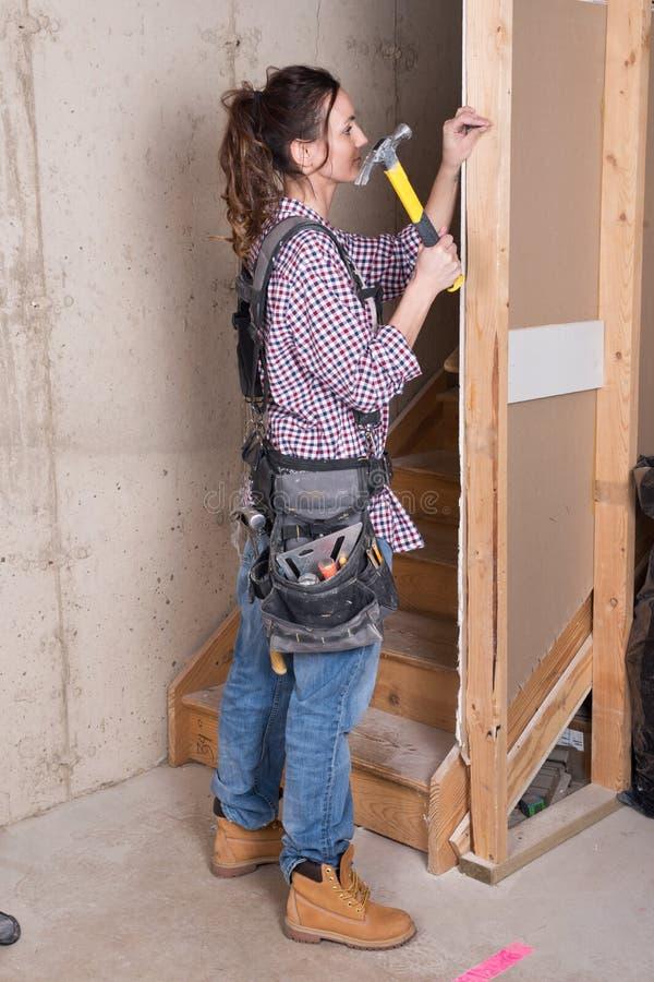 Trabajador de construcción de sexo femenino fotografía de archivo