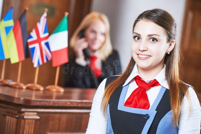 Trabajador de la recepción del hotel fotografía de archivo