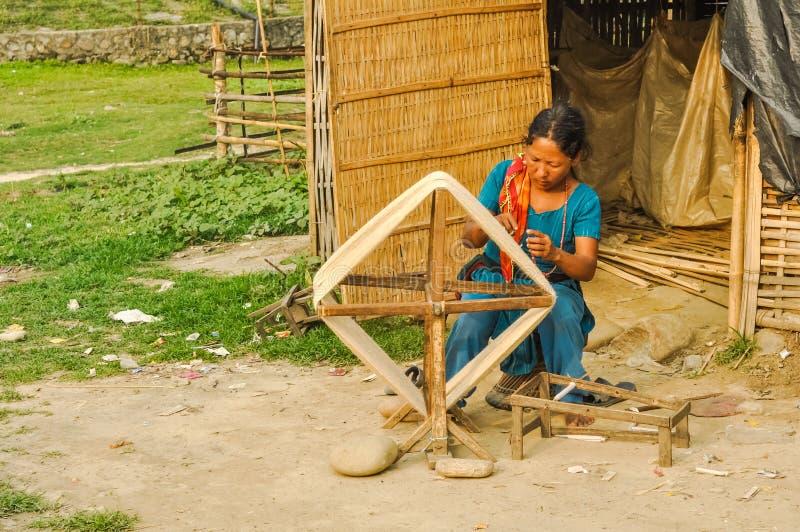Trabajadora en Nepal foto de archivo libre de regalías