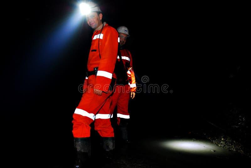 Trabajadores de mina en eje imágenes de archivo libres de regalías