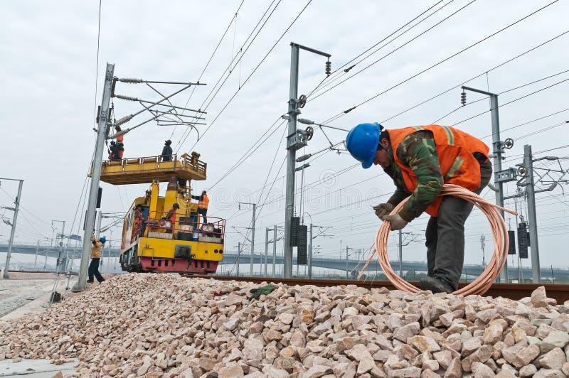 Trabajadores ferroviarios de alta velocidad fotos de archivo