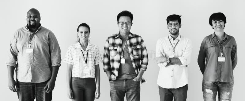 Trabajadores que colocan junto el efecto de la diversidad fotografía de archivo libre de regalías