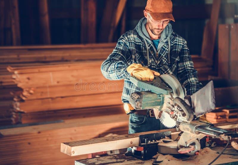 Trabajo del contratista de la artesanía en madera imagen de archivo