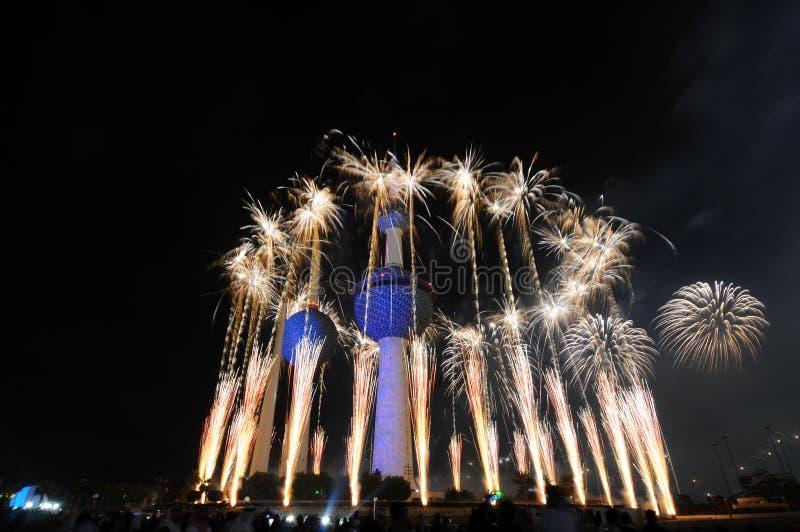 Trabajo del fuego de las torres de Kuwait imágenes de archivo libres de regalías