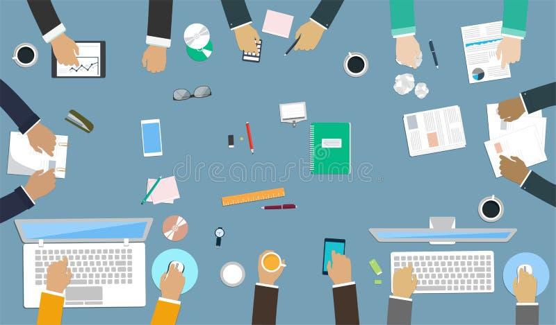 Trabajo en equipo para el escritorio de oficina Manos de la interacción en el trabajo ilustración del vector