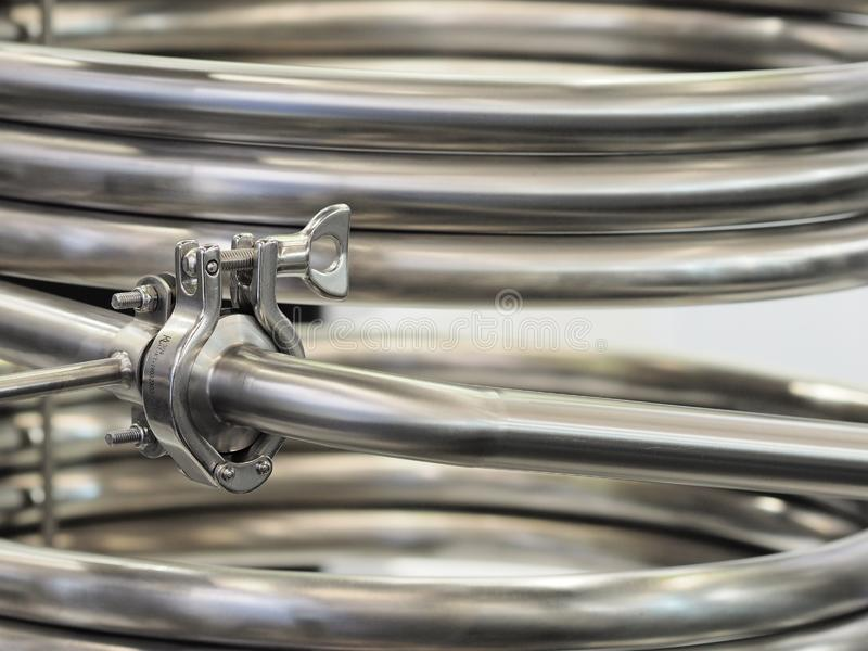 Trabajo inoxidable industrial del tubo de acero imágenes de archivo libres de regalías