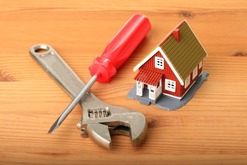Trabajos de la casa. fotos de archivo libres de regalías
