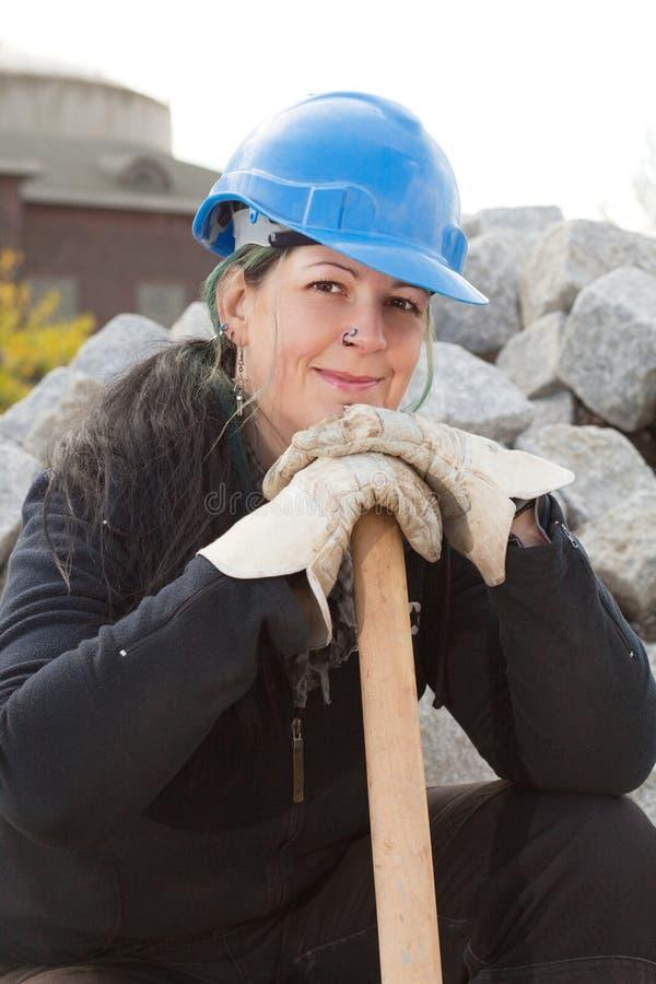 Trabalhador da construção fêmea foto de stock