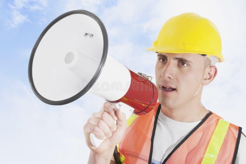 Trabalhador da construção fora fotografia de stock royalty free
