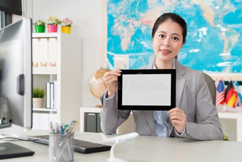 Trabalhador de escritório seguro da empresa do agente de viagens fotografia de stock royalty free