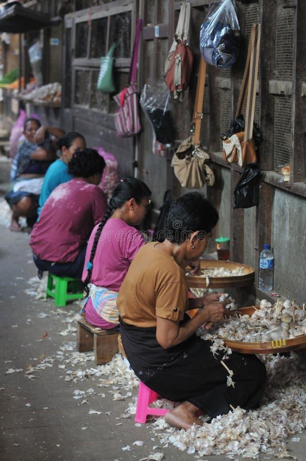 Trabalhador de mulher em Indonésia fotos de stock