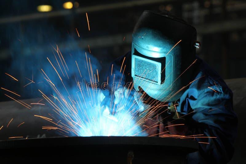 Trabalhador dos soldadores foto de stock royalty free