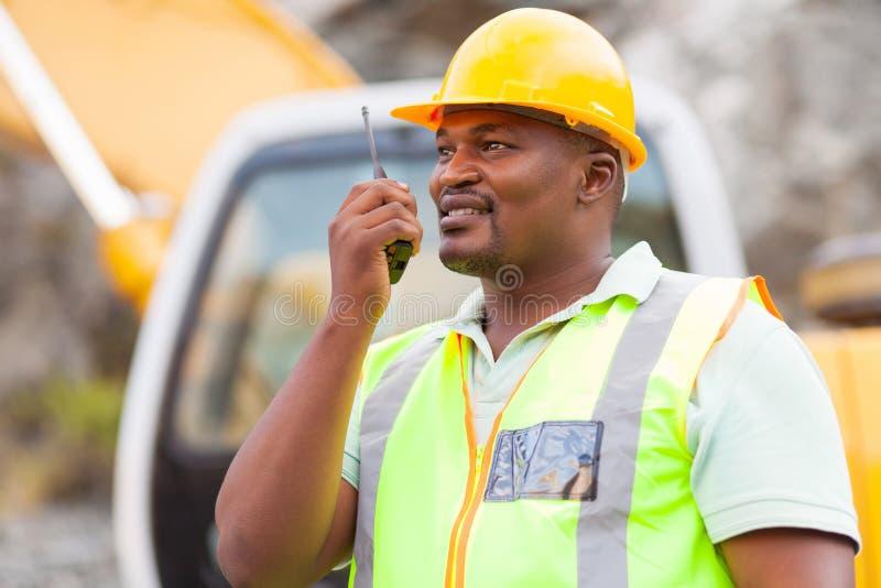 Trabalhador industrial do Afro fotos de stock