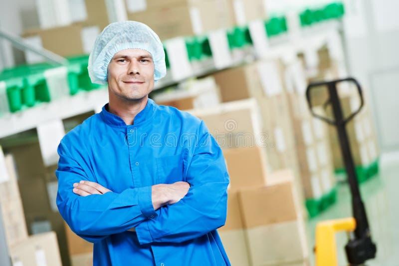 Trabalhador médico do armazém imagem de stock