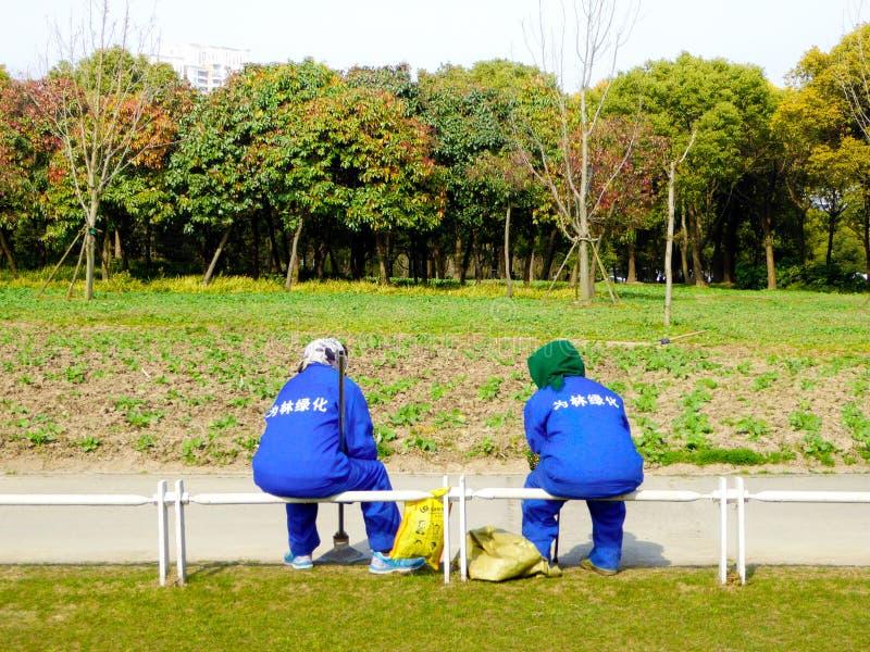 Trabalhadores ambientais do saneamento foto de stock royalty free