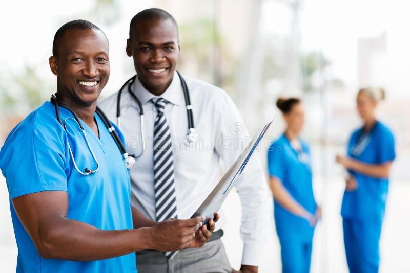 Trabalhadores médicos afro-americanos fotografia de stock
