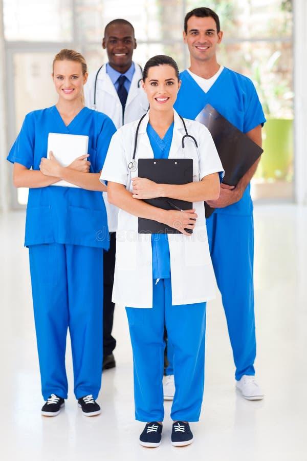Trabalhadores médicos do grupo foto de stock