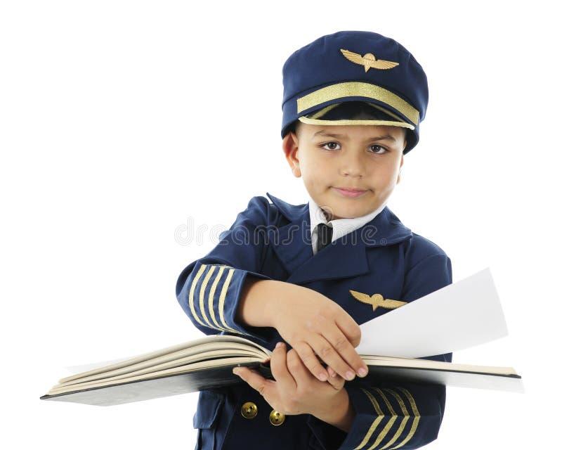 Trabalho através do registro do piloto fotografia de stock royalty free