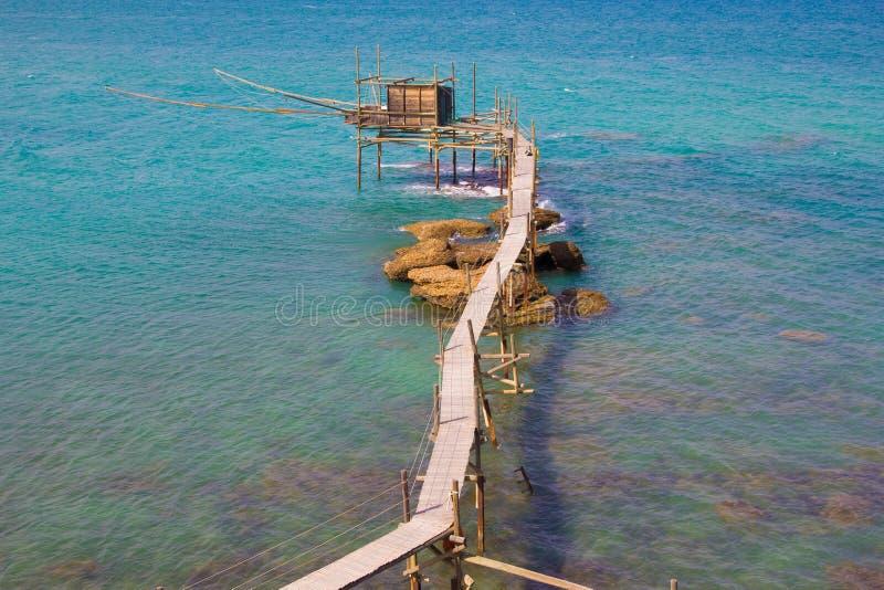 Trabocco di Punta Aderci, costa dell'Abruzzo fotografia stock