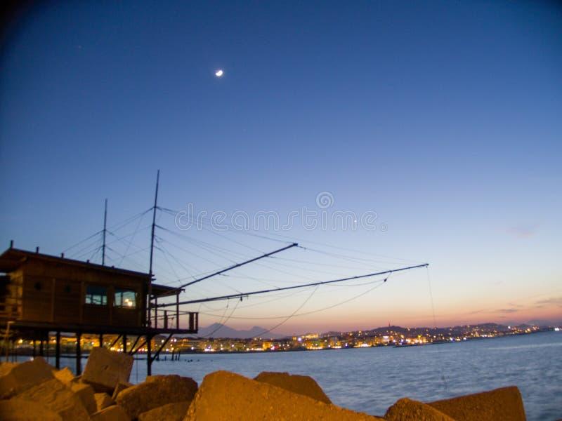 Trabocco, um equipamento de pesca usado em Itália foto de stock royalty free