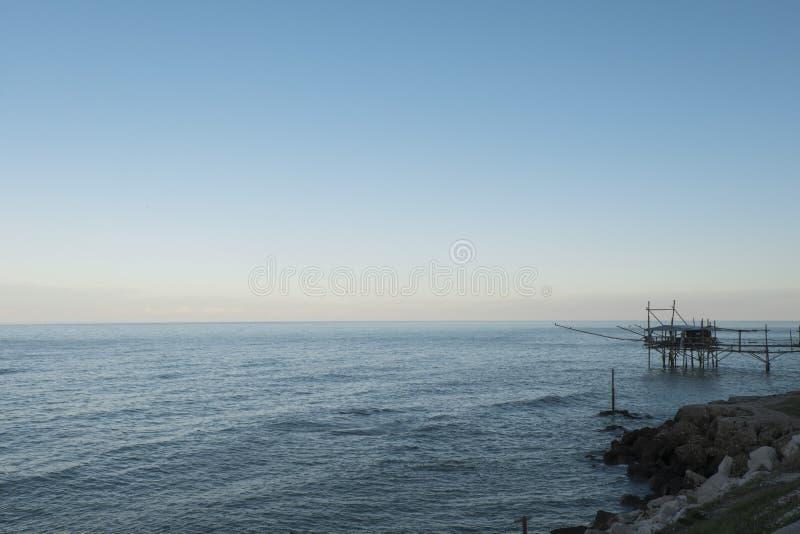Traboccomening: verhaal van Abruzzo stock foto