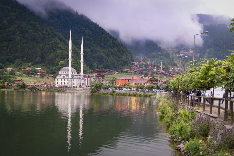 Trabzon/Turkije - augustus 2019: Panoramisch beeld van Oezbekistan, een toeristische attractie in Turkije stock foto