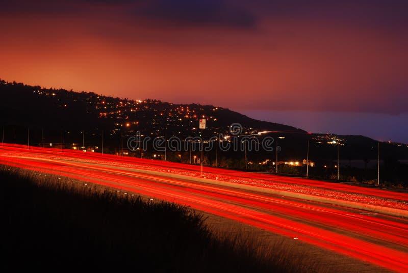 Tracce dell'indicatore luminoso a penombra fotografia stock libera da diritti