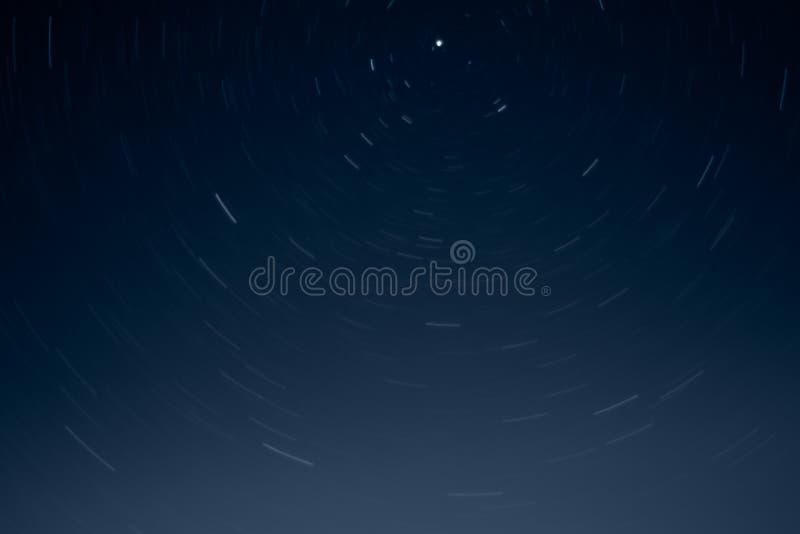 Tracce della stella alla notte fotografia stock libera da diritti