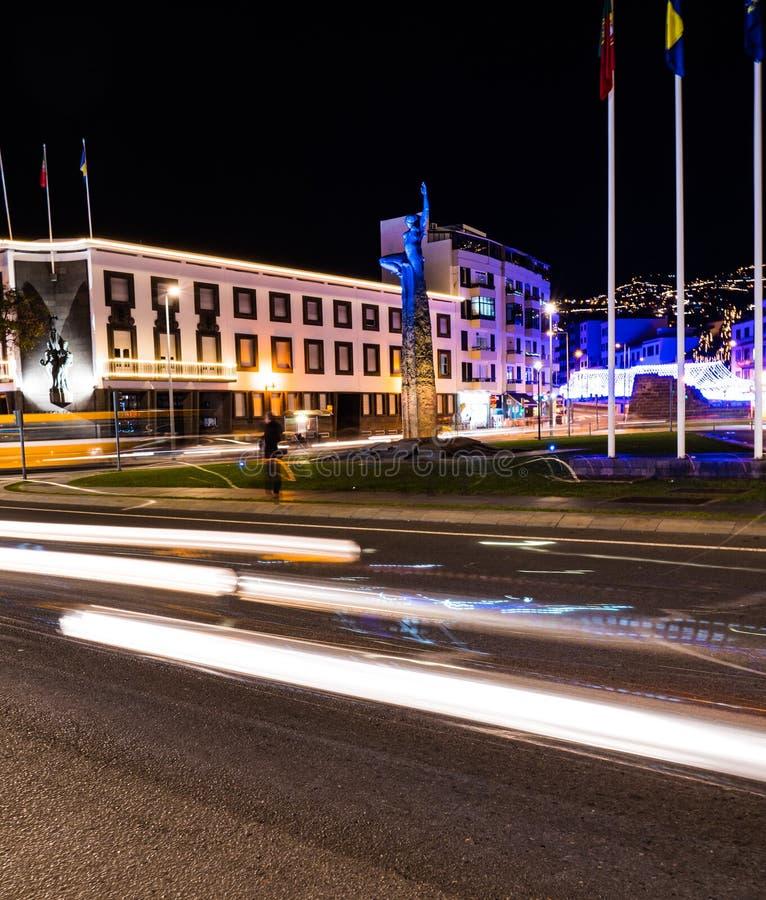 Tracce di luce nella prata da Funchal, Madeira immagine stock