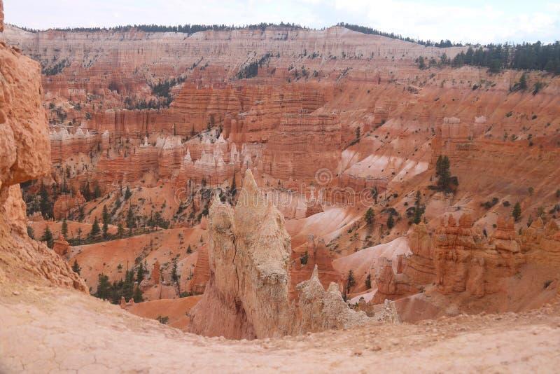 Traccia Bryce Canyon del giardino del Queens dei paesaggi dei menagrami immagini stock