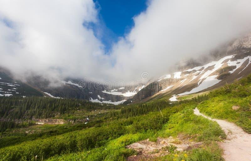 Traccia del lago iceberg, Glacier National Park immagini stock libere da diritti
