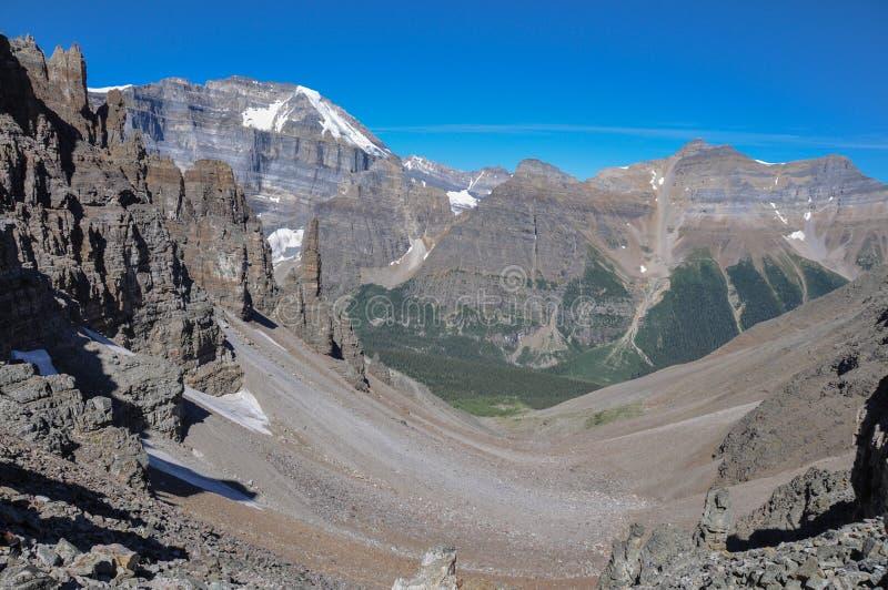 Traccia del passaggio del tempio nel parco nazionale di Banff, Alberta, Canada immagini stock libere da diritti