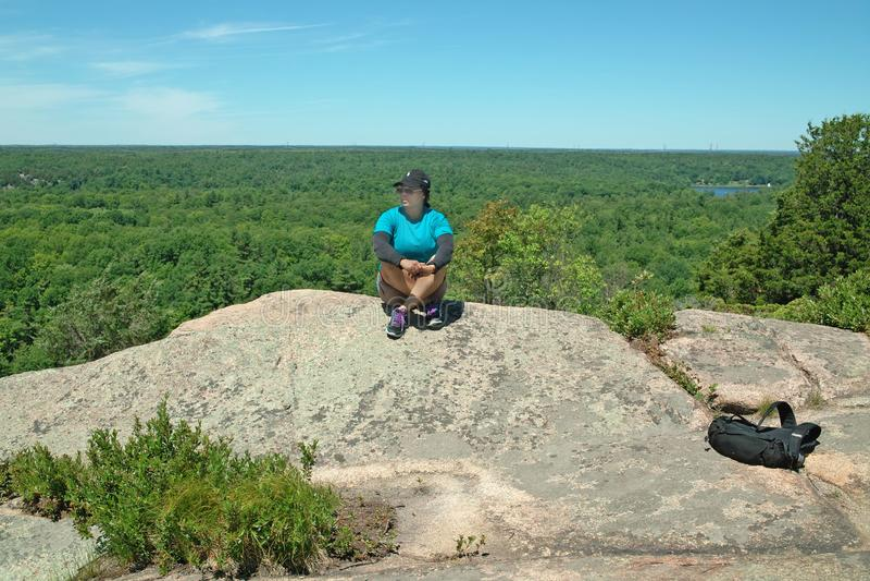 Traccia di escursione di Dunder della roccia, Lyndhurst, Ontario, Canada fotografia stock libera da diritti