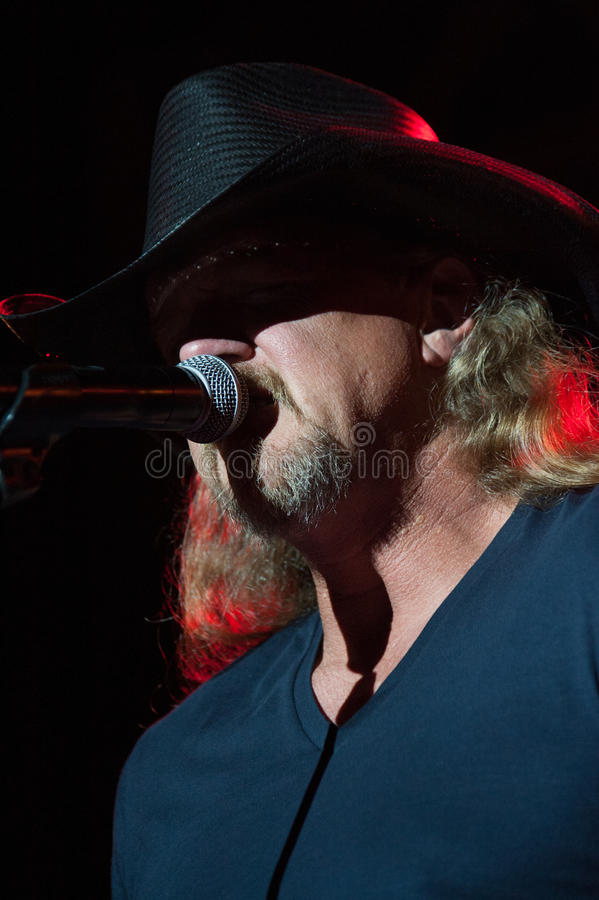 Trace Adkins. CITRUS HEIGHTS, CA - August 29: Trace Adkins performs at the Sunrise at Night Concert Series at Sunrise Marketplace in Citrus Heights, California stock photos