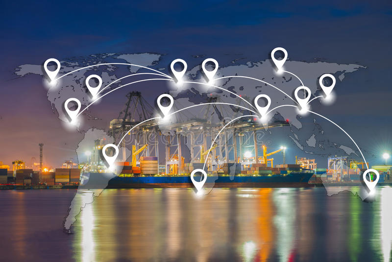 Trace o conection liso da rede do pino na logística e no tra globais do mundo foto de stock
