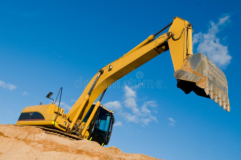Download Track-type Loader Excavator At Sand Royalty Free Stock Photos - Image: 16479648